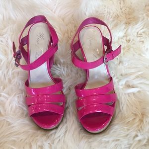 Marc Fisher platform sandals size 7.5